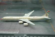 Phoenix Etihad Airways Airbus A340-600 1/400