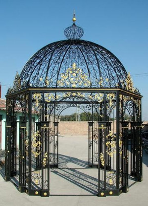 HEXAGON SHAPED IRON VICTORIAN GAZEBO, DOMED TOP, VERY INTRICATE 50-03353B, NO GLASS INCLUDED