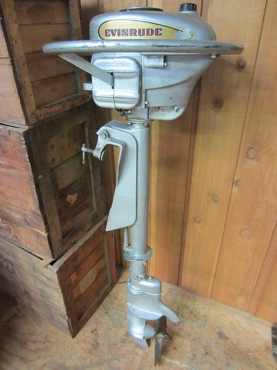 Old Outboard Motors : Evinrude hp lightfour hd wwii navy