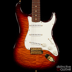 Fender Custom Shop Mike Ponce Masterbuilt Stratocaster & Woody Jr. Limited Amp