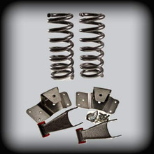 """92-99 C-3500 2"""" Front Springs 4"""" Shackles & Hangers ( 8 Lugs Only )"""