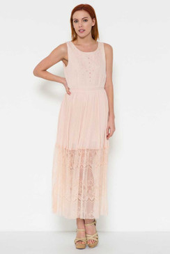 Sleeveless maxi dress with a long lace hem
