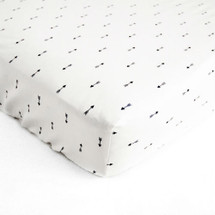 LITTLE BIRD Crib Sheet - Mini Arrows