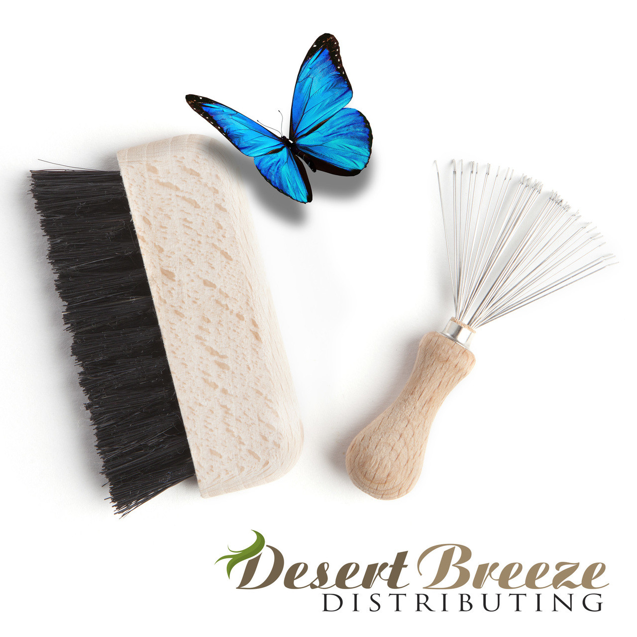 Hair brush and comb cleaning kit, by Desert Breeze Distributing, made in Germany