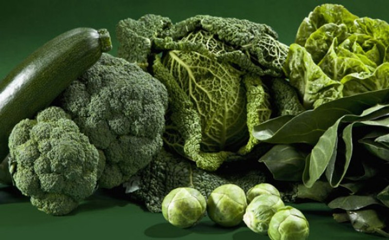 Why green vegetables are good for healthy natural hair