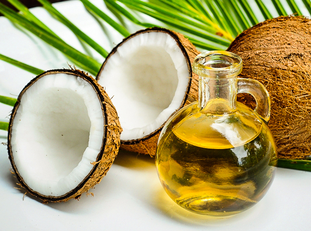 benefits-of-coconut-oil-for-natural-hair.jpg
