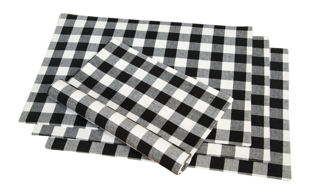 didi 39 s kitchen black white checkered cotton placemats 4 pack. Black Bedroom Furniture Sets. Home Design Ideas