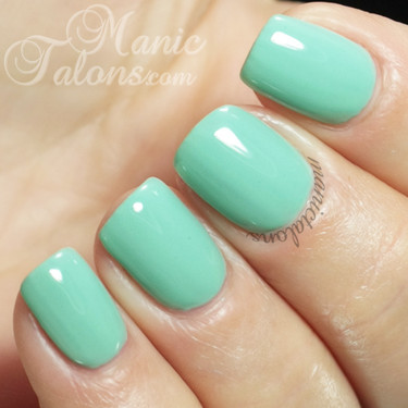 Nail lacquer is the original nail polish formula that reinvented quality nail color, your top choice if you enjoy updating your manicure weekly. Mint green has never looked so fresh. This pastel green is perfect for spring or anytime you need some pep in your step.