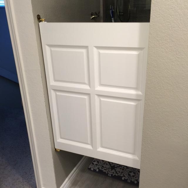single-poplar-bathroom-door.jpg & Single Swinging Poplar Cafe Door / Saloon Door 32\