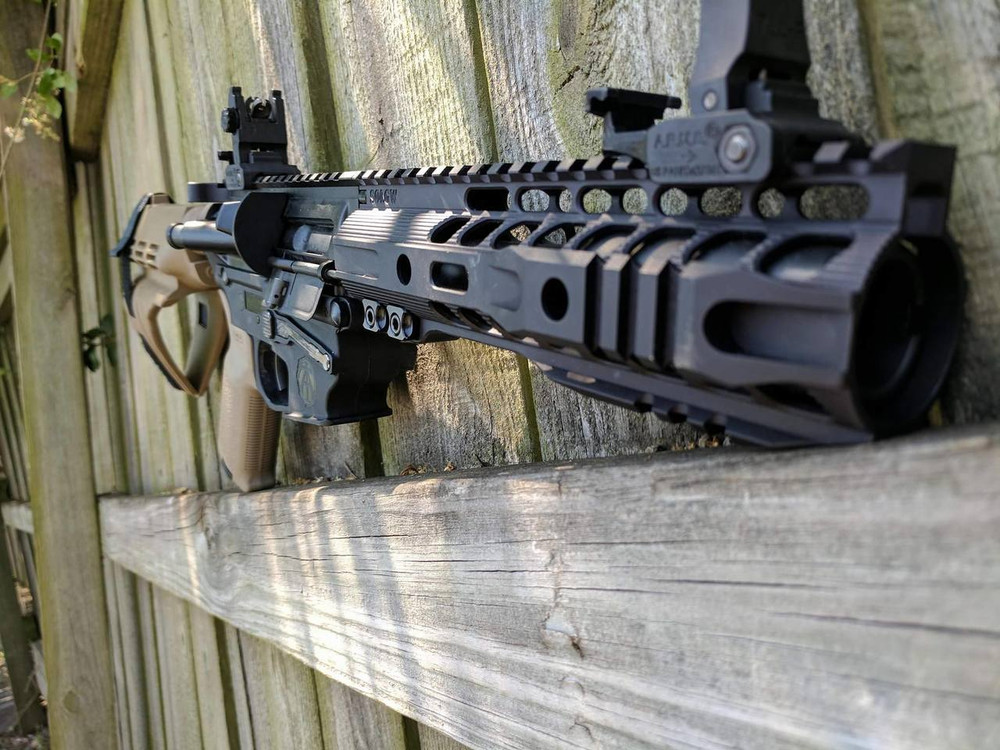 Pisol Build using a Black Receiver and Flat Dark Earth Brace and Pistol Grip