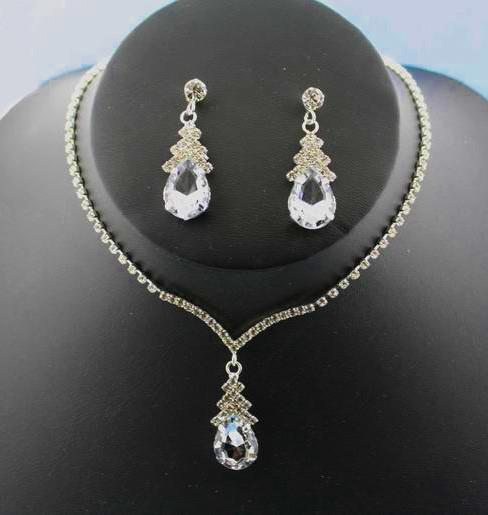 Clear Crystal Teardrop Rhinestone Necklace and Earring Set Cristal D'Or Style 6653