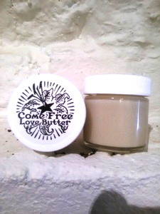 Comfrey shea butter lubricant