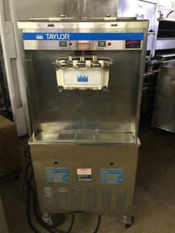 TAYLOR 339-27 SOFT SERVE MACHINE