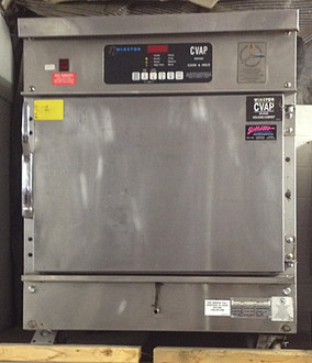 "Used-Winston CVap® Cook & Hold Oven, half size, with fan, 9 cu. ft., electronic controls, adjustable racks, magnetic door latch, full-perimeter insulated, load limit 65 lbs (29.25 kg) per rack support (pair), casters, stainless steel construction, 28""W x 34""H x 34""D, 208 volts, 3 phase,  UL, cUL, UL Sanitation, NSF"