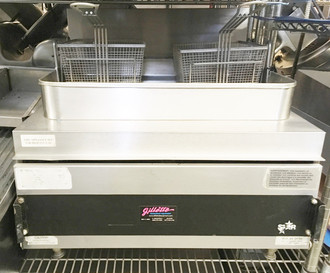 Star-Max® 630FF Heavy Duty Fryer, countertop, gas, 30 lb. fat capacity, twin baskets, adjustable heat controls, under fired, heavy duty knobs, 70,000 BTU, CSA, NSF