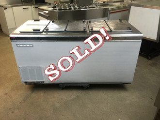 USED Kelvinator Ice Cream Storage/Dipping Cabinet, 22.0 cu. ft., self-contained refrigeration, white enamel exterior, galvanized interior, seamless stainless steel top and flip lids, (14) can display & (11) can storage capacity, leveling legs, 1/3 hp, 115v/60/1, 7.3 amps, NEMA 5-15P, UL, cUL, NSF