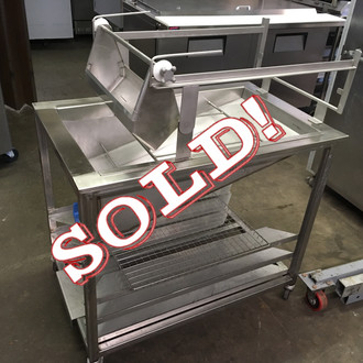 "(22569) Hand Glazer, 40 lb. capacity, 17"" x 25"" screens, EZ roll applicator, EZ-lift mechanism, glaze dispenser, drain with valve, shelf brackets for 3 screens, slide-out glaze bucket support, stainless steel cover & construction, (4) heavy duty casters, (2) lockable, NSF"