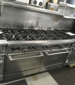 "GARLAND X60-10RR Sunfire® Restaurant Range, gas, 60"", (10) 30,000 BTU open burners, with cast iron top & ring grates, (2) standard oven with 2 position rack guides with oven rack each, stainless steel front, sides, plate rail, backguard, & high shelf, 6"" steel core legs, 366,000 BTU, NSF, CSA. NATURAL GAS."