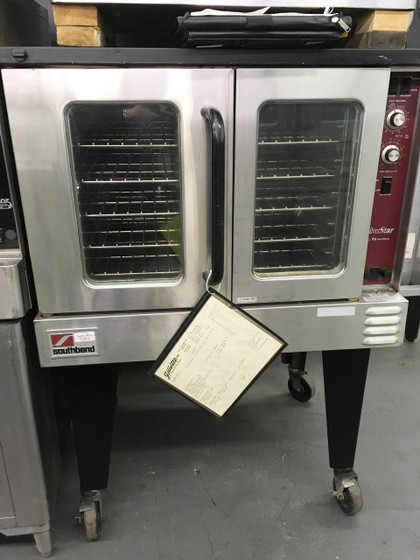 "SilverStar Convection Oven, electric, single deck, standard depth, solid state controls, interior light, stainless steel front, top & sides, 26"" legs, UL, NSF"