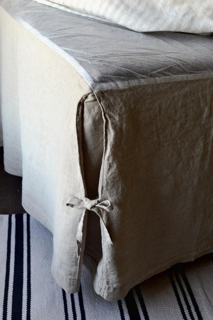 Box Pleated Dust Ruffle, Natural stonewashed linen
