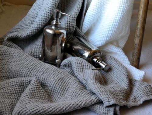 Waffle linen bath towel, undyed natural linen