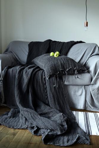 Waffle Linen Blanket, Peppercorn. Extra Heavy natural linen