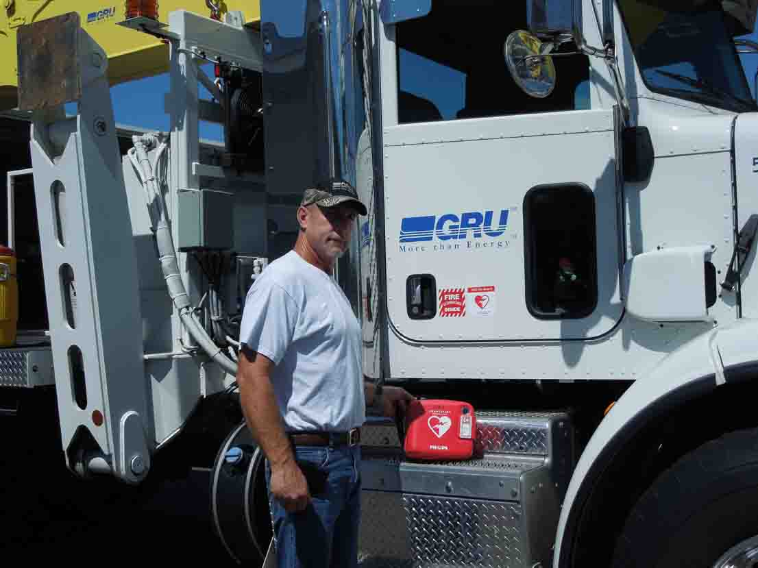gru-new-bucket-truck1.jpg