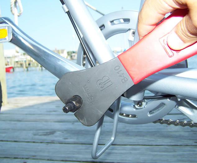 screw-crank-removal-tool.jpg