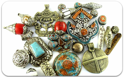 0home-tibetan-beads-pendants-1.png