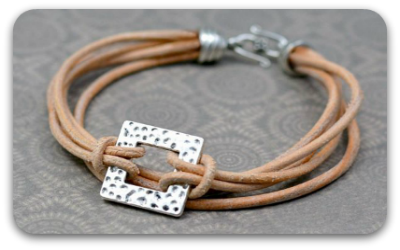 tn-layered-leather-and-pewter-bracelet-tutorial.png