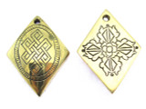 Rare Engraved Tibetan Dorje Amulet 40mm (AP1510)