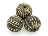 Carved Round Clay Bead 25-27mm - Mali (CL190)