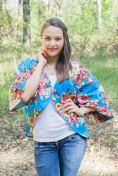 """Fly towards Glory"" Kimono jacket in Rosy Red Posy pattern"