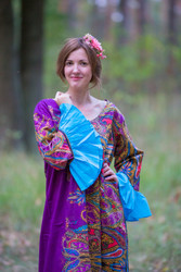 """Frill lovers"" kaftan in Cheerful Paisleys  pattern"