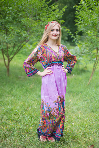 """Button me down"" kaftan in Cheerful Paisleys pattern"