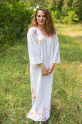 """The Unwind"" kaftan in Falling Daisies pattern"