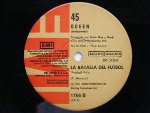 """7"""" QUEEN La Batalla Del Futbol RARE ARGENTINA EP 45rpm"""
