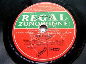 FATS WALLER Regal Zonophone 24220 JAZZ 78rpm HONEY HUSH