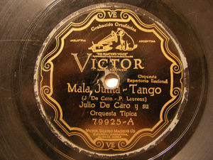 JULIO DE CARO Victor 79925 TANGO 78 FLORES NEGRAS / MAlA JUNTA
