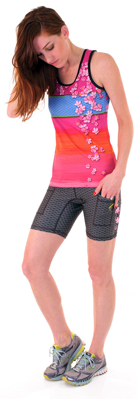 "INKnBURN Women's Sakura Singlet and Mejiro 6"" Shorts"