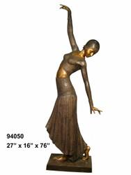 Costumed Dancer B