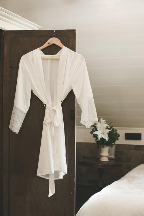 Bridal Satin Lace Robe WHITE in S/M, L, XL, XXL