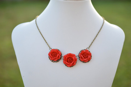 Trio Succulent Red Rose Statement Necklace