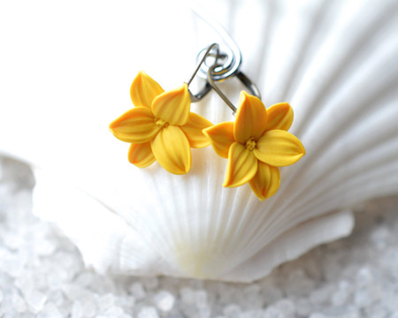 Golden Yellow Lily Simple Dangle Earrings.