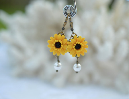 Richelle Statement Earrings in Golden Yellow and Black Center Gerbera