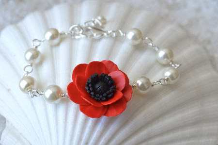 Andrea Link Bracelet in Red Poppy/Anemone and Pearls