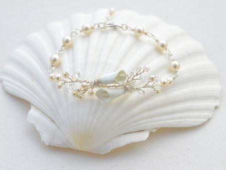 Mayra Vine Bracelet  in Ivory Calla Lily