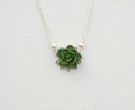 Bradley Delicate Drop Necklace in Fresh Green Succulent