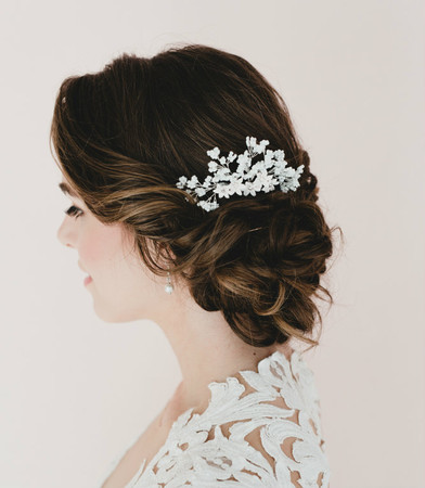 Tania Bridal Hair Comb In Baby Breath and White Star Flower Blossom.