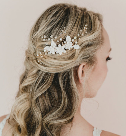 Candice Bridal Hair Comb in Trio White Succulents and Leaves
